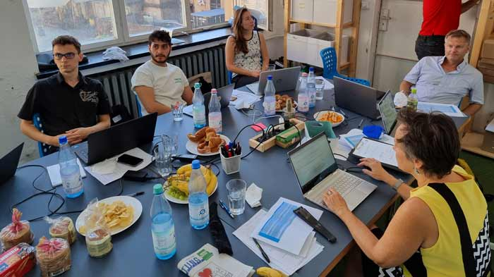 Picture of the Go4DiGreen partners at a meeting in Berlin.